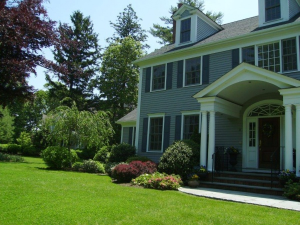 Lawn Care Service in Stratford, CT